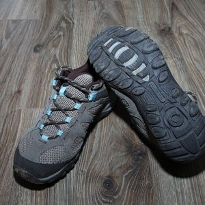 Merrell hiking shoes,womens size 9